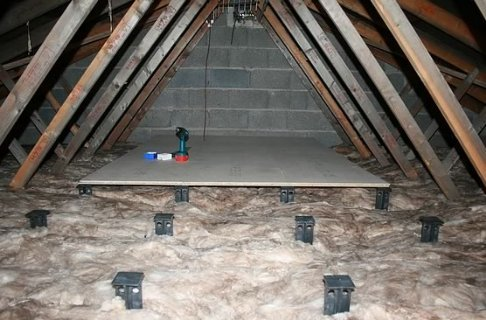 Attic Insulation Detail